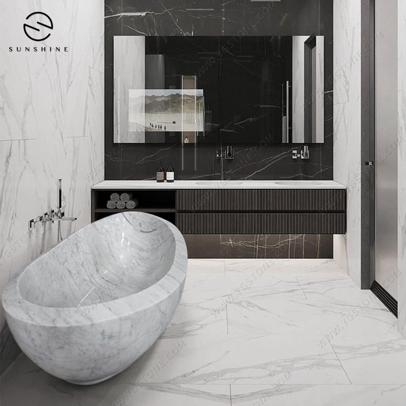 中花白浴缸